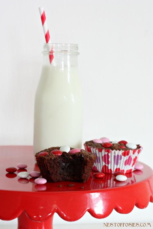 Valentine Nutella brownies with just 4 ingredients via Nest of Posies