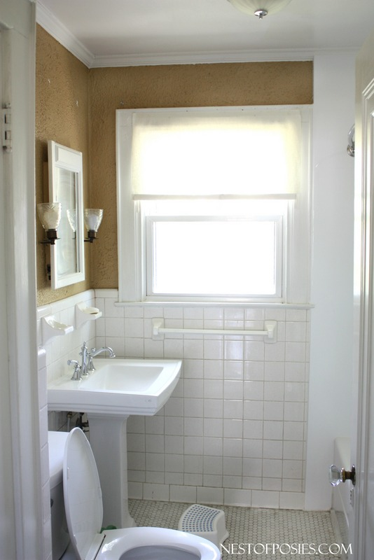 Wall and Plaster Bathroom Remodel-001