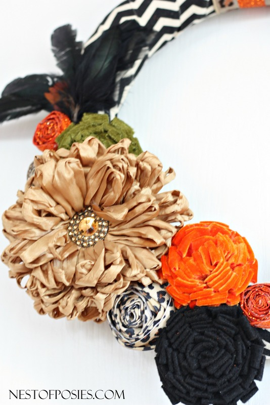 How to accessorize a Fall wreath