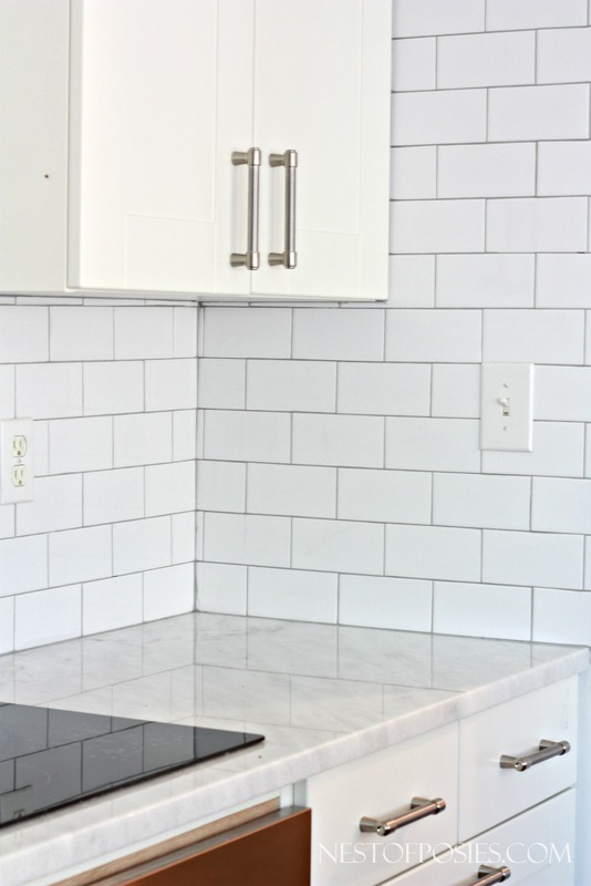 Silver Grout With White Subway Tile