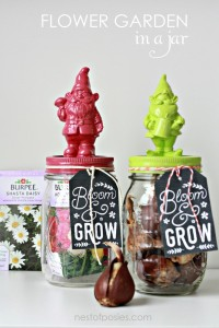 Flower Garden in a Jar with free printable tag