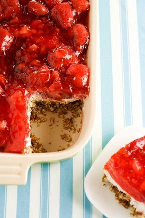 Paula Deene's Stawberry Pretzel Salad