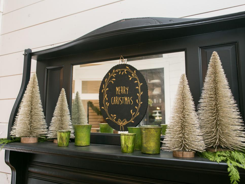 Fixer Upper Magnolia House Holiday Mantel - Nest of Posies