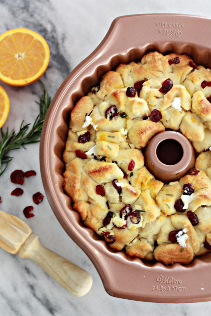 orange-cranberry-and-goat-cheese-pull-apart-bread