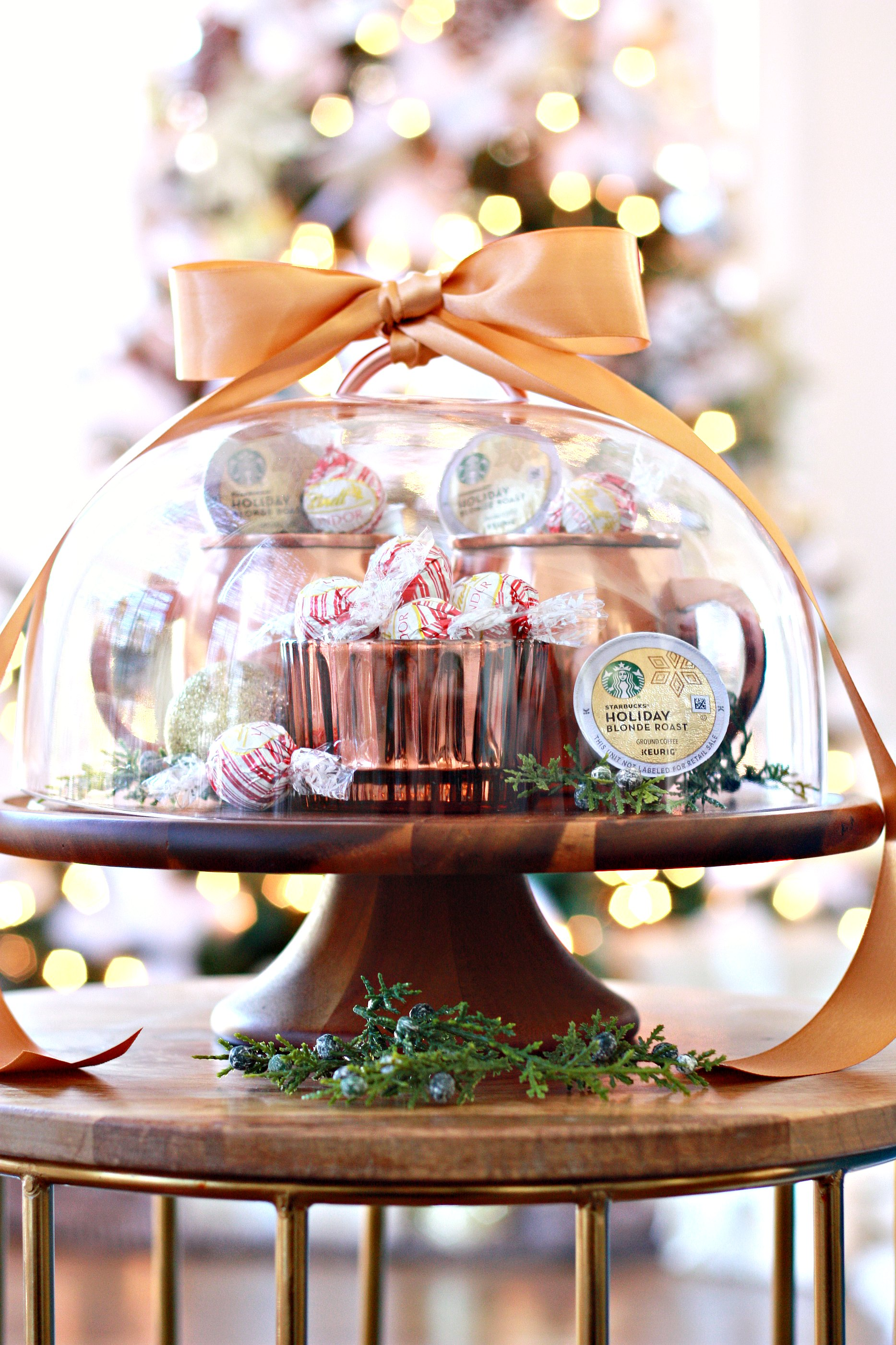 christmas-gift-basket-idea-wooden-cake-plate - Nest of Posies